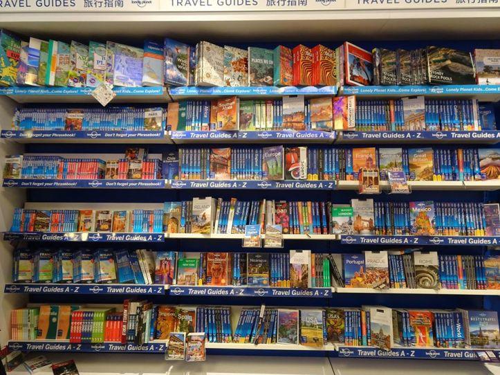 La bibliothèque Lonely Planet à l'aéroport de Sydney !